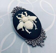 BEE CAMEO SILVER BROOCH PIN Honey Bee Bumblebee Beekeeper Gift VINTAGE DESIGN