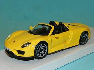 Bburago 1/24 Porsche 918 Spyder  Yellow MiB