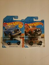 2019 Lot of 2 Hot Wheels #111 Blue Land Rover III P'up and Land Rover Defender