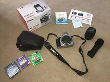Canon EOS 350D 8MP SLR Silver Camera & 18-55mm 3:5-5.6 zoom lens & Accessories