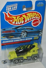 #863 Oshkosh CONCRETE MIXER-YELLOW-BLACK/Graphics - 1:64 HOT WHEELS 1997