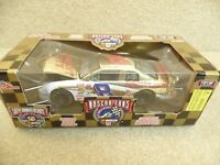 1998 Racing Champions 1:24 Gold NASCAR Hut Stricklin Circuit City Monte Carlo HO