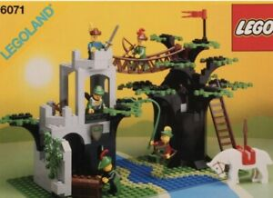 LEGO 6071  Forestmen's Crossing 100%Complete W/orig. Instr & Minis VERY NICE SET