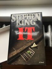 IT Hardcover 1st Edition/1st Printing  Viking STEPHEN KING Good Condition