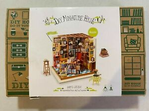 NEW Sealed Robotime Sam's Study DIY Miniature House Kit Requires Assembly   LL