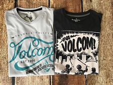 VOLCOM GRAPHIC T-SHIRT LOT OF 2 RARE PRINT MENS SIZE MEDIUM EUC