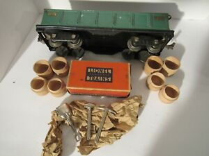 LIONEL STANDARD GAUGE #512 GONDOLA W/ RARE 812T TOOLS AND 4 BARRELS (RARE BOX)