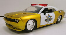 "Jada Heat 2008 Dodge Challenger SRT8 Sheriff Police 1:24 scale 8"" model Gold J31"
