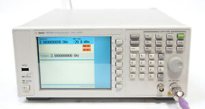 Agilent Keysight N9310A 9kHz - 3GHz RF Signal Generator Option 001