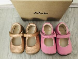 ❤️Clark's Girls Tiny Mist Pre Walkers Cruisers 2.5G Rose Gold/Pink £56❤️