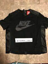 Nike Tech Women's PERFORATED BACK ZIP BLACK GRAPHIC SHIRT Sz L 749130-010