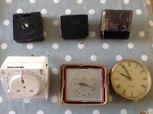 Vintage Clock Movements Battery Electric Clockmakers Spare Parts Untested r 803