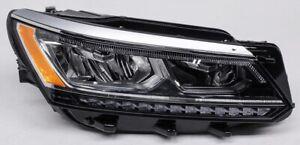 OEM Volkswagen Passat Right Passenger Side LED Headlamp Mount Tabs Missing