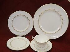 Royal Doulton China Mid Century Rondo White Gold 5 pc Place Settings buy up to 7