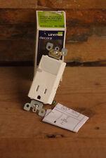 Leviton T6525 Decora Combo Receptacle/Guide Light 5-15R T-R/LED 15A 125V White
