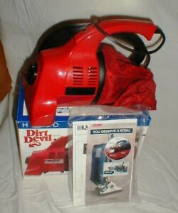 NEW Royal Dirt Devil Handheld Vacuum Model 103 Vacuum Cleaner in the Box
