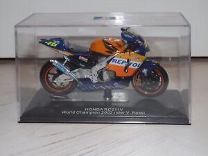 Italeri Valentino Rossi Repsol Honda 2002 Diecast Model
