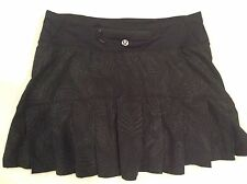 Lululemon 2 Speed Skirt Black Feather Pattern Run Attached Shorts