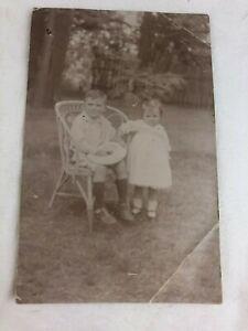 VINTAGE POSTCARD - PHOTOGRAPH - B & W - TWO LITTLE CHILDREN