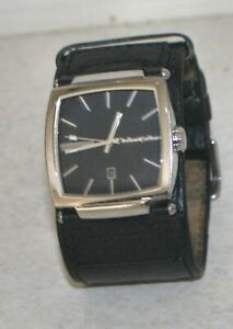 Black Dice Industries Men's Watch New in Presentation Case., with new battery.