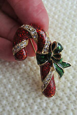 VINTAGE STYLE CHRISTMAS CANDY CANE RHINESTONE ENAMEL GOLDTONE BROOCH PIN