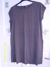 H&M Hip Length Short Sleeve Stretch Tops & Shirts for Women