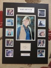 JOHN DENVER - UNIQUE SUPERB SIGNED / AUTOGRAPH DISPLAY - SINGLES COLLECTION -COA