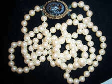 GORGEOUS VTG ART DECO DOUBLE STRAND PEARL CAMEO NECKLACE  ~~HAND KNOTTED~~