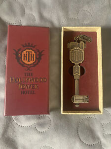 Disneyland Paris Limited Edition Tower Of Terror Collectible Metal Key