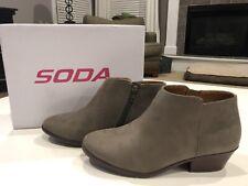 NIB Soda Women's Boots Western Ankle Booties Chunky Block Heel Charcoal Size 6 M