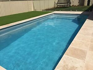 FRANKS FIBREGLASS POOLS / Fibreglass Pools / Kit Pools / - 7 x 3.5 mtrs Classic