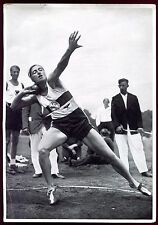jeux Olympiques de Berlin 1936. Gisela Mauermayer . Lancer du Dique.photogravure