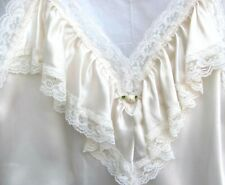LILLY of FRANCE..BEIGE..SEXY..LACE & RUFFLES..SHORT..NIGHTGOWN..NEW TAGS..sz S
