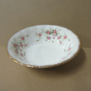 PARAGON  VICTORIANA  ROSE SMALL  FRUIT DISHES    ROUND DESERT DISHES  TABLEWARE