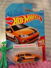 VOLKSWAGEN GOLF MK7 #21✰orange VW;TRAP5✰THEN AND NOW✰2018 i Hot Wheels case A/B
