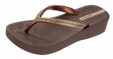 Ipanema Flat (0 to 1/2 in) Sandals for Women