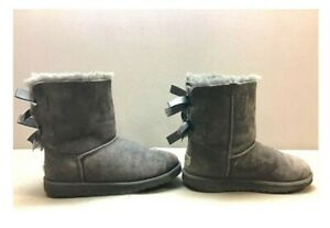 Ugg Bailey Bow II Boots Grey Women Girls Size 4 Suede Genuine