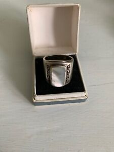 925 SILVER AND MOTHER OF PEARL RING, GREEK KEY PATTERN