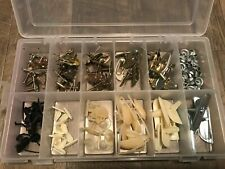 132 pcs door body side moulding trim clips & nuts exterior fasteners GM fp1040b