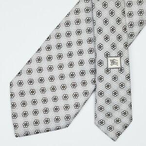 BURBERRY LONDON TIE Floral on Gray Classic 50 oz. Twill Silk Necktie