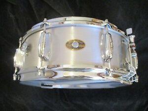 Vintage Slingerland Ribbed Aluminum Shell Snare Drum, 1960s Badge -- Mint !