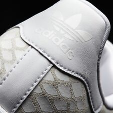 NEW women's ADIDAS Superstar white leather shoes sneakers 9
