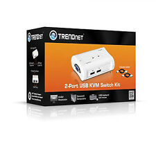 Trendnet 2 port usb kvm switch kit TK-207K hd - 2048 x 1536 - 2 x USB1 x vga