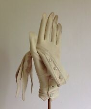 Perrins Ivory Vintage 1920s Court Suede Three Button Evening Glove Size 6.5 XS