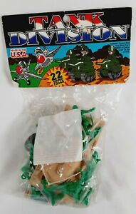 Vintage TIM MEE TOY Tank Division Army Men US INFANTRY 17840 Military U.S.A.