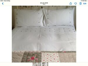 Double Duvet Cover & 2 Pillowcases In White Linen & Cotton With Pintuck Detail