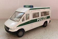 SIKU - MERCEDES BENZ Sprinter POLIZEI 0804 0805 Einsatzfahrzeug Mannschaftswagen