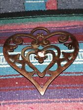 Pampered Chef Round-Up from the Heart 2006 Trivet 2937 Cast Iron Collectible