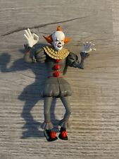 NECA Toony Terrors IT Movie 2017 PENNYWISE clown 6? Scale Action Figure