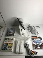 Nintendo Wii White Console RVL-001 with 3 Games, 2 Controllers, &  1 Nunchuck